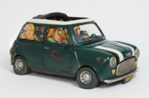 My First Love, groene mini door Guillermo Forchino, zij aanzicht